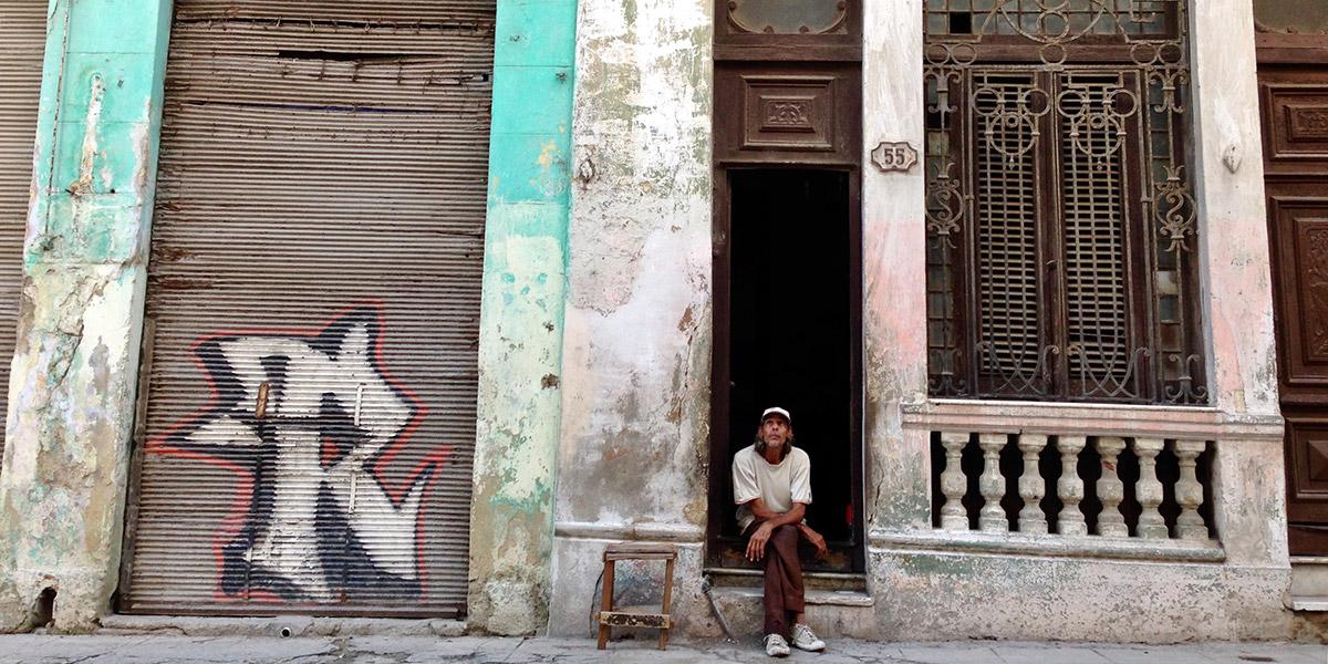 Fidelandia: Behind the Curtain of Cuba's Revolution
